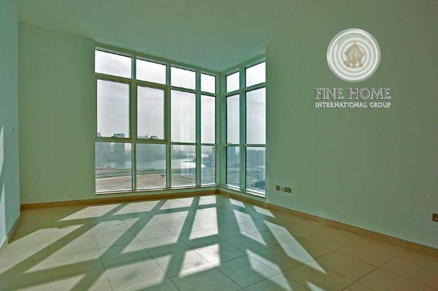 Fabulous 3 BR apartment in Al Mina Road.