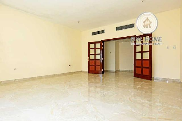 3BR.Apartment in Al Khalidiya